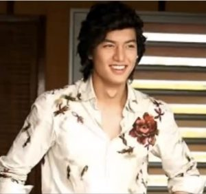 lee-min-ho-with-long-hair-heirs