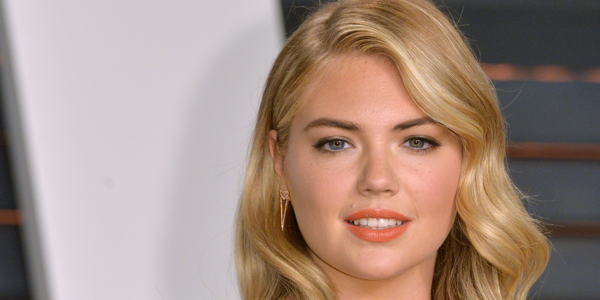 BEVERLY HILLS, CA - FEBRUARY 22:  Kate Upton arrives at the 2015 Vanity Fair Oscar Party Hosted By Graydon Carter at Wallis Annenberg Center for the Performing Arts on February 22, 2015 in Beverly Hills, California.  (Photo by Anthony Harvey/Getty Images)